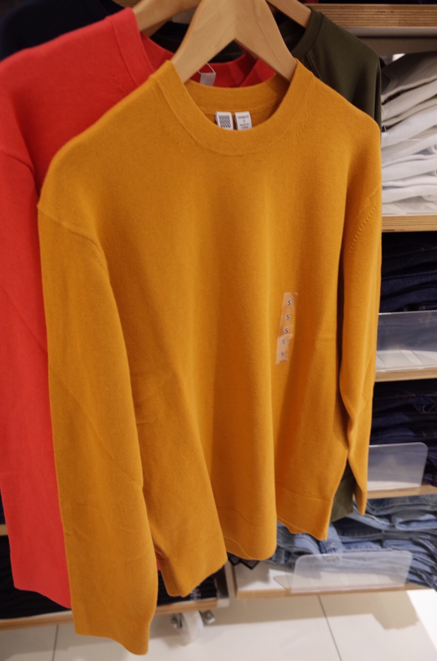 コットンカシミヤクルーネックセーター(長袖)+E写真②