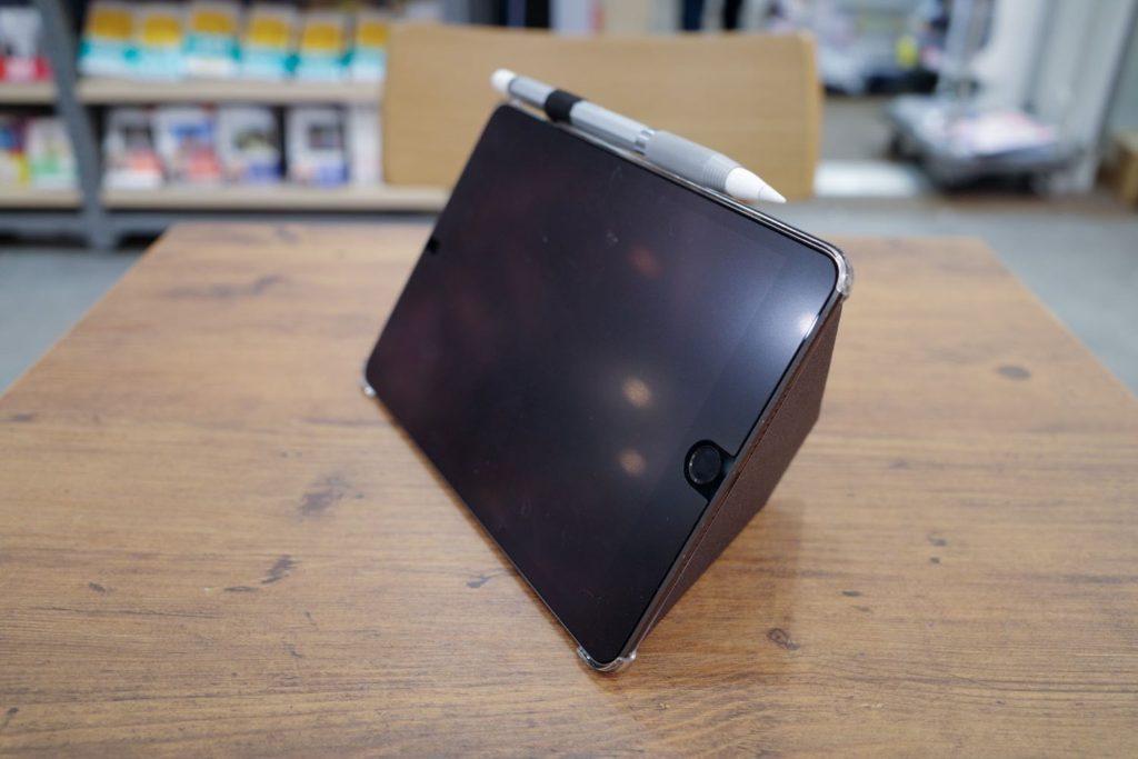 MOFTX iPad 横置き 60度