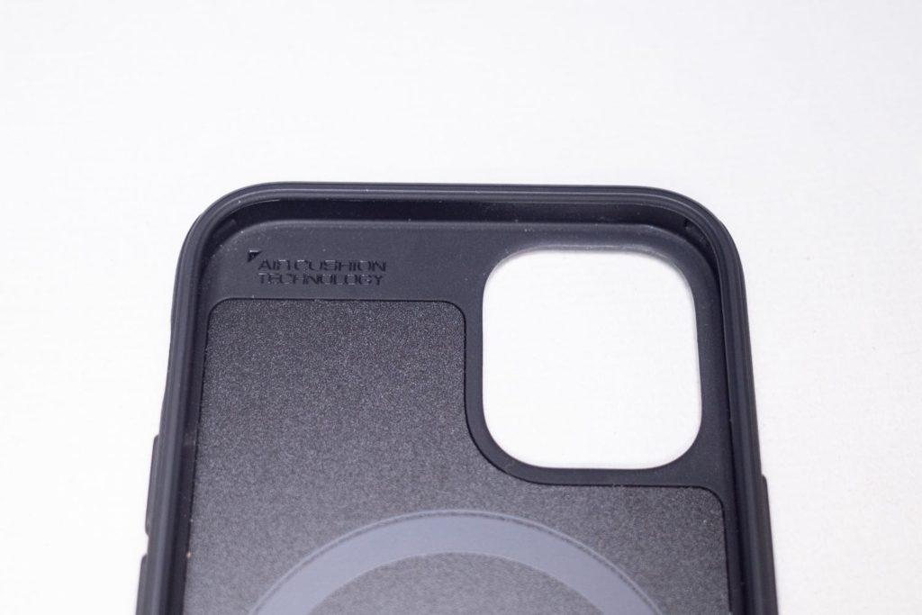 Spigen MAG ARMOR(iPhone12 mini用)